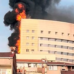 Großbrand Krankenhaus Istanbul